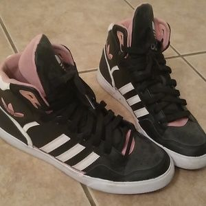 Adidas size 8 ladies high tops